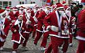 Córrer per acabar l'any fent esport al costat del Pare Noel